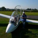 Erfolge für Flugschüler Jonas und Robin