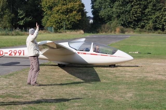 Emilie fliegt jetzt allein