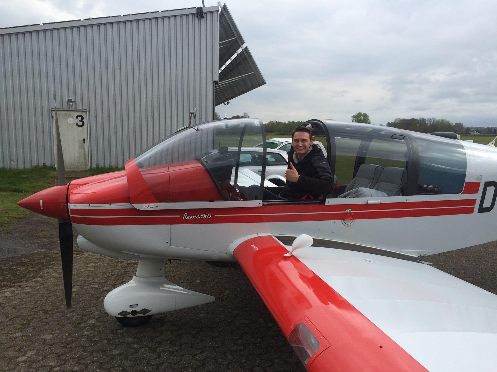 Junge, neue Schlepp-Piloten